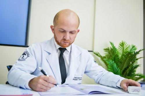 Dr. José Alberto