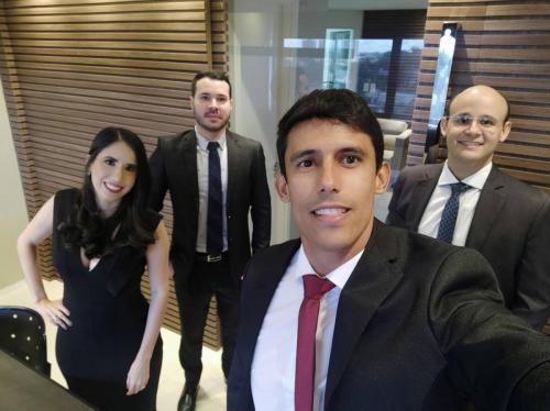 Hugo Almeida Advogados